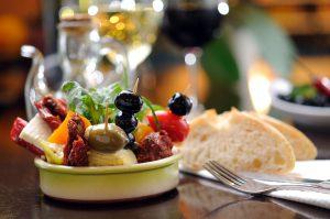 tomates-poivrons-frais-cuisine-italienne